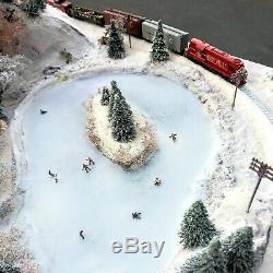 N scale christmas train set power pack included
