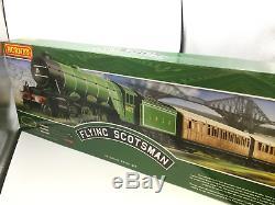 Hornby R1255m Oo Gauge Flying Scotsman Train
