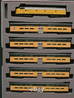 Kato 106104 N C-nw Emd E8a - Pullman Bi-level 400 Train 6-unit Set 106-104