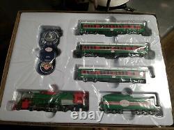 Lionel Ho Scale Christmas Express Train Set Traîneau Santa Piste Éloignée 871811020